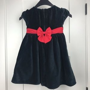 4/$25 GAP original black velvet lined girl's dress